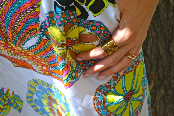 How to Style a Bright Print